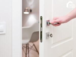 หลากประเภทน่ารู้ ประตูสำเร็จรูปในบ้าน