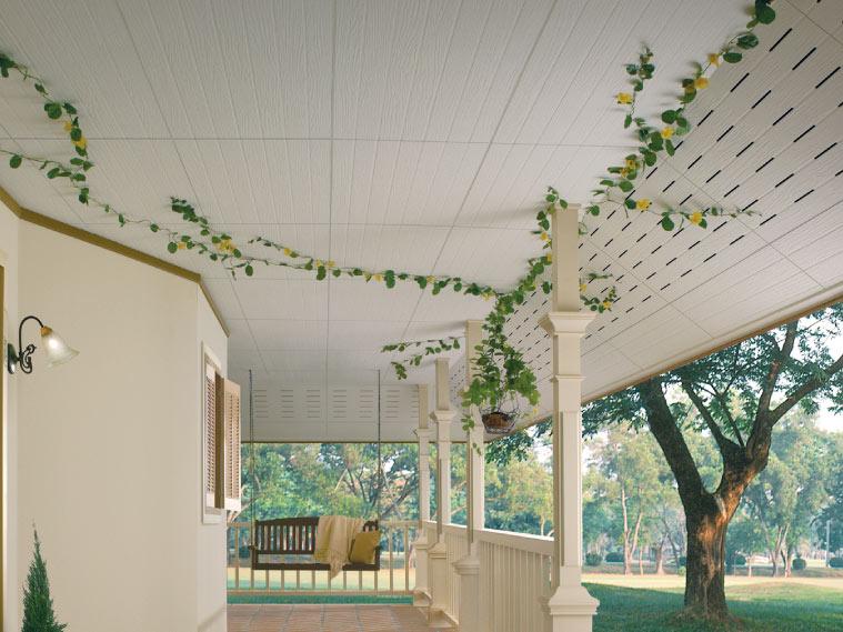ภาพ: ฝ้าเพดานภายนอกแบบเซาะร่อง ติดตั้งผสมผสาน ทั้งฝ้าแผ่นทึบและฝ้าระบายอากาศ