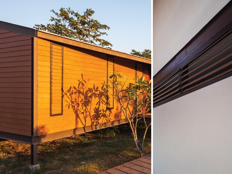 ภาพ: หน้าต่างบานเกล็ดไม้ ขอบคุณสถานที่: บ้านสวนมุก หัวหิน